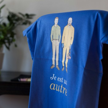 Detalle camiseta azul Breaking Bad